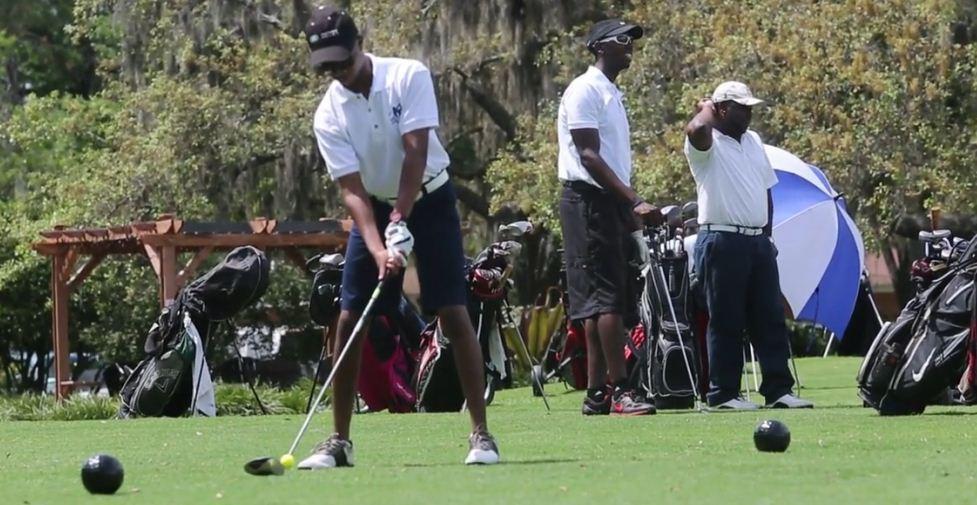 Black nude golf pics 79