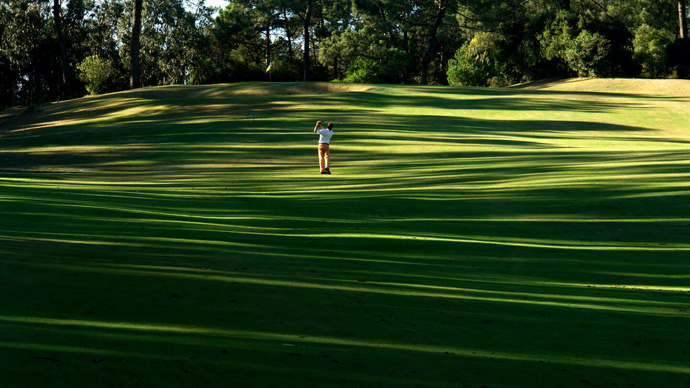 Portugal Golf Courses | Lisbon Sports Club - Photo 10 Teetimes
